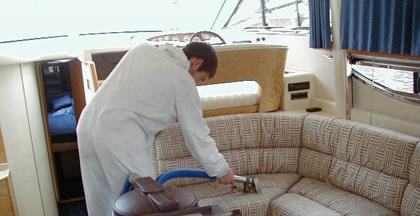 Mantenimiento y limpieza de embarcaciones